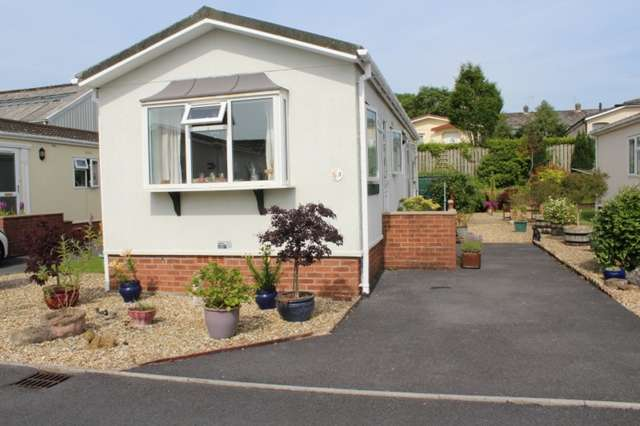 2 Bedrooms Park Home Mobile Home for sale in Pre-owned Park home Plot 3 Shillingford Park, Kilgetty