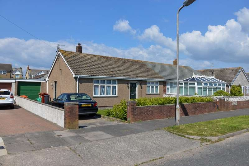 2 Bedrooms Bungalow for sale in Castle View, Barrow-in-Furness, Cumbria, LA14