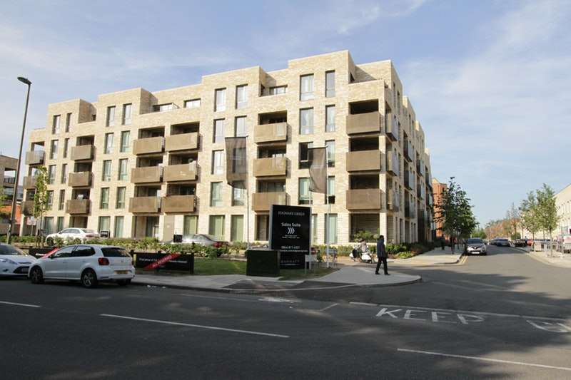 1 Bedroom Apartment Flat for sale in Lacey Drive, Edgware, London, HA8