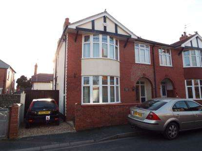 House for sale in Russell Gardens, Rhyl, Denbighshire, LL18