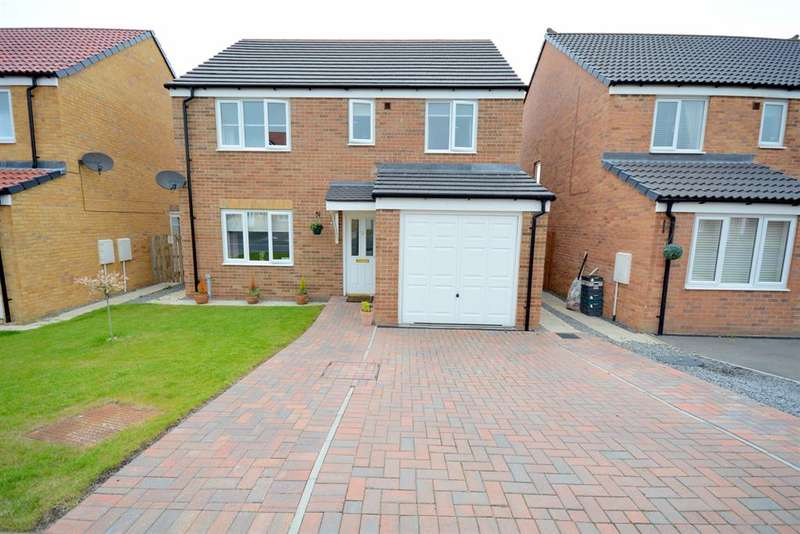 4 Bedrooms Detached House for sale in Hutchinson Close, Coundon, Bishop Auckland, DL14 8NY
