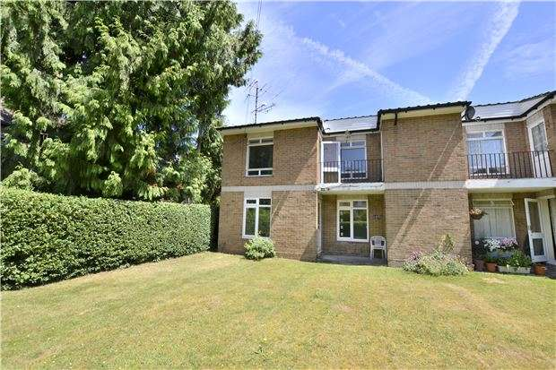 1 Bedroom Flat for sale in Old Lodge Lane, PURLEY, Surrey, CR8 4DN