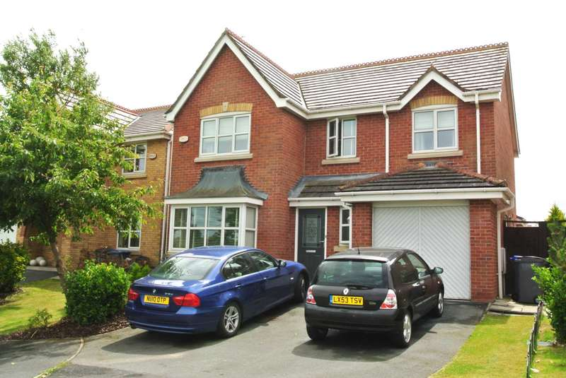 4 Bedrooms Detached House for sale in Rosefinch Way, Blackpool, FY3 9NX