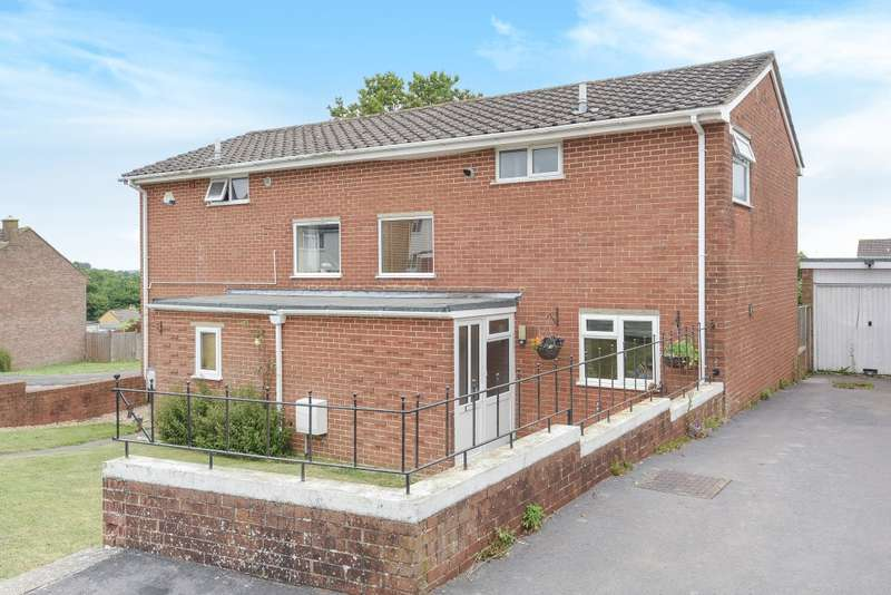 2 Bedrooms Semi Detached House for sale in Henley View, Crewkerne