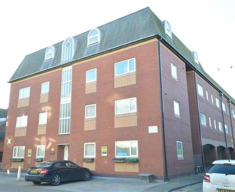 2 Bedrooms Apartment Flat for sale in Naventis Court, Singleton Street, Blackpool, Lancashire, FY1 5AX