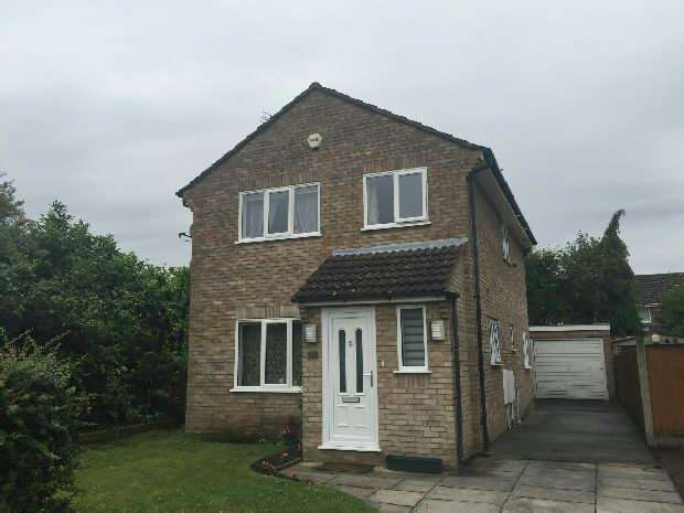 3 Bedrooms Detached House for rent in Yarcombe Close , Halewood , Liverpool