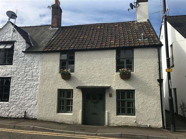 2 Bedrooms End Of Terrace House for sale in St Ann Street, Chepstow