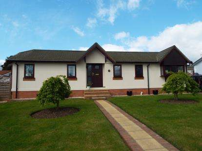 2 Bedrooms House for sale in The Glade, Ranksborough Hall, Langham, Oakham