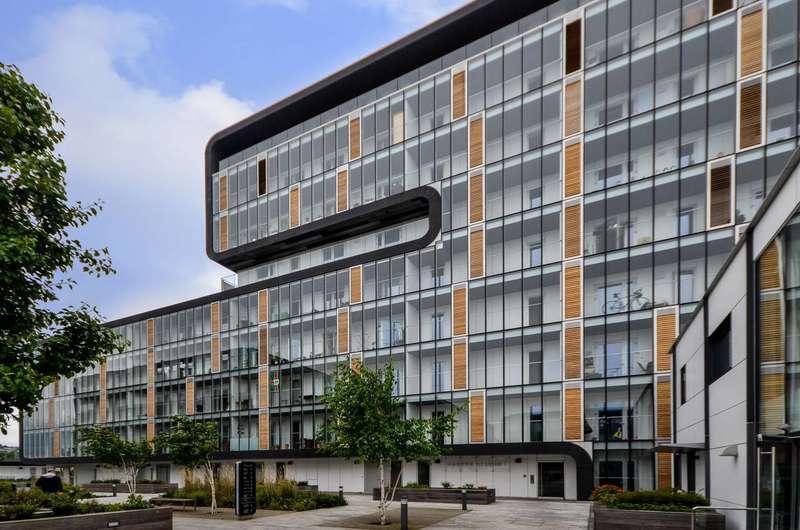 2 Bedrooms Flat for sale in Love Lane, Woolwich, SE18