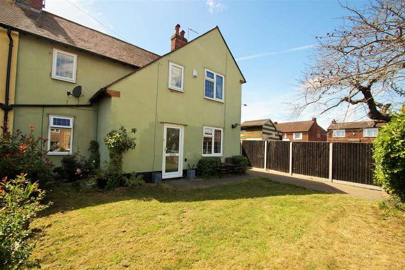 3 Bedrooms Semi Detached House for sale in Trafalgar Road, Lexden, Colchester