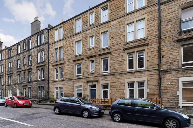 1 Bedroom Flat for sale in Dalgety Street, Meadowbank, Edinburgh, EH7 5UL