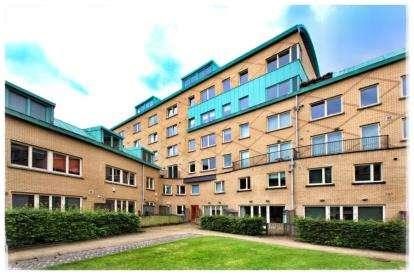 1 Bedroom Flat for sale in Queen Elizabeth Gardens, New Gorbals, Glasgow
