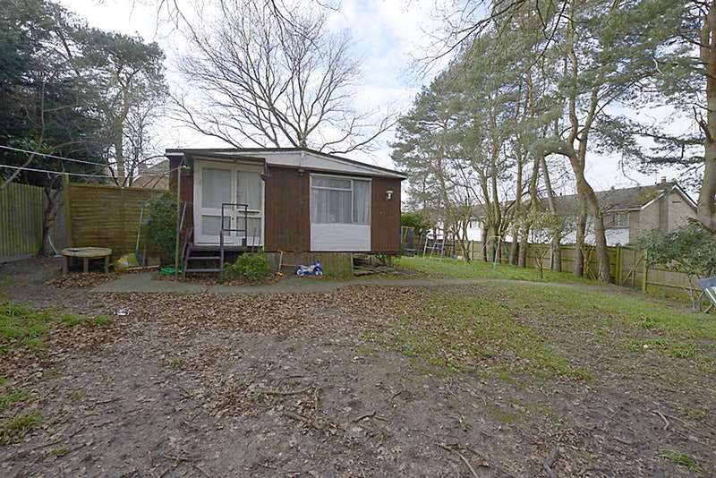 3 Bedrooms Mobile Home for sale in Sandbrooke Walk, Reading, Berkshire, RG7