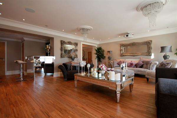 4 Bedrooms House for sale in Madeira Road, Holland on Sea
