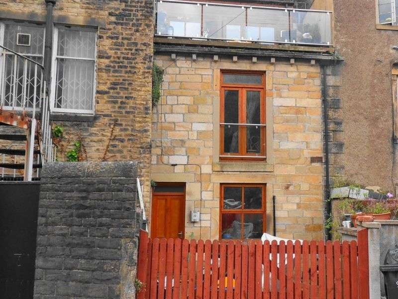 1 Bedroom Terraced House for sale in Oxford Street, Todmorden, West Yorkshire. OL14