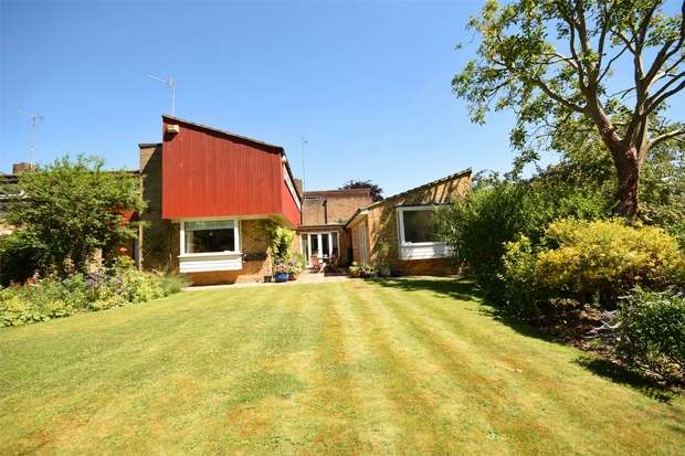 4 Bedrooms Semi Detached House for sale in Copperfields, Kemsing, Sevenoaks, Kent