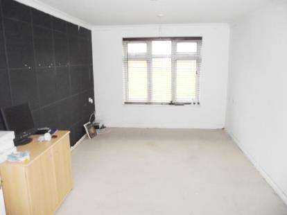 1 Bedroom Flat for sale in Throstle Place, Boundary Way, Watford, Hertfordshire