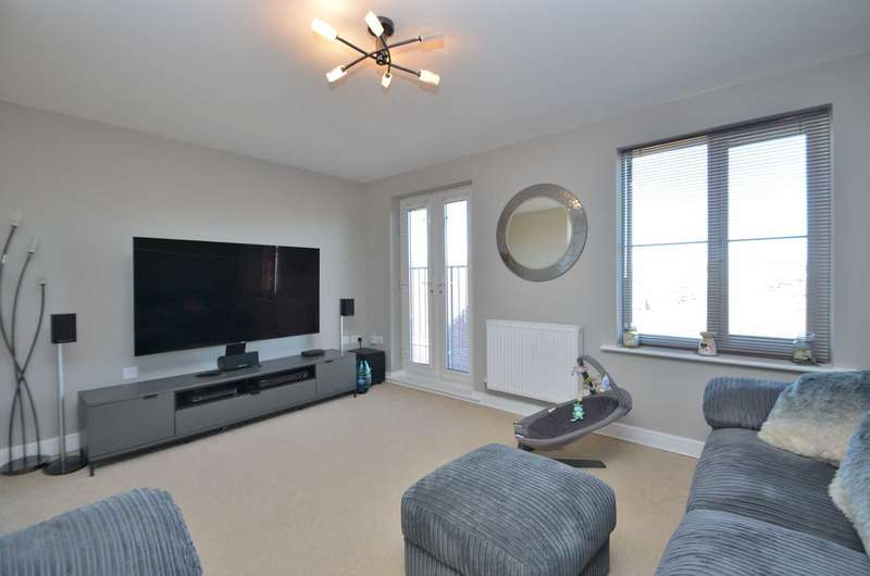4 Bedrooms Semi Detached House for sale in Ripley Road, Broughton
