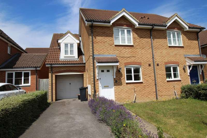 3 Bedrooms Semi Detached House for sale in Forest Avenue, Ashford, TN25