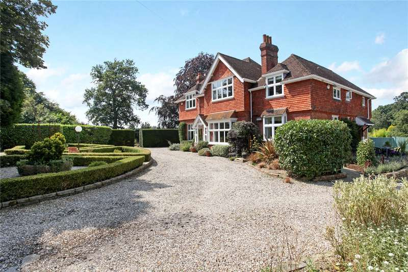 5 Bedrooms Detached House for sale in Two Mile Ash Road, Horsham, West Sussex, RH13