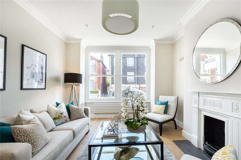 4 Bedrooms Semi Detached House for sale in Gaskarth Road, London, SW12