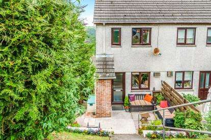 2 Bedrooms Maisonette Flat for sale in Looe, Cornwall, Uk
