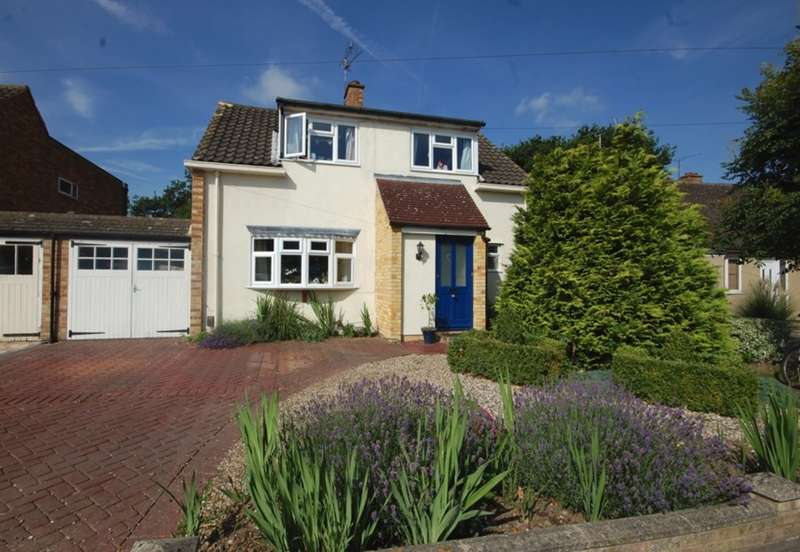 4 Bedrooms Detached House for sale in Falmouth Road, Old Springfield, Chelmsford, CM1
