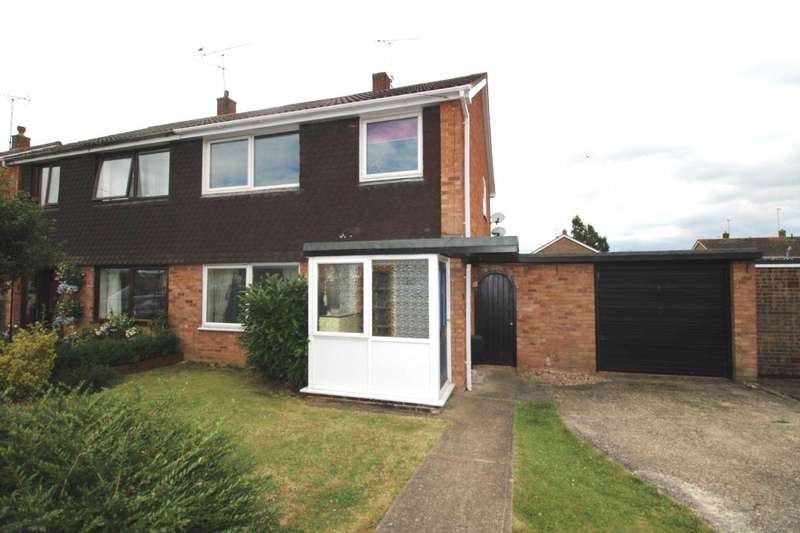 3 Bedrooms Semi Detached House for sale in Coleridge Road, Maldon