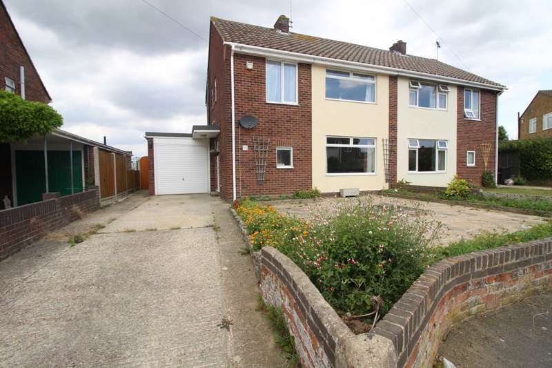 3 Bedrooms Semi Detached House for sale in St Nicholas Way, Coggeshall