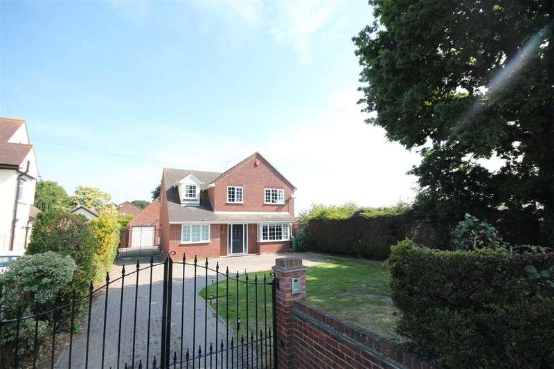 5 Bedrooms Detached House for sale in St. Johns Road, Clacton-On-Sea