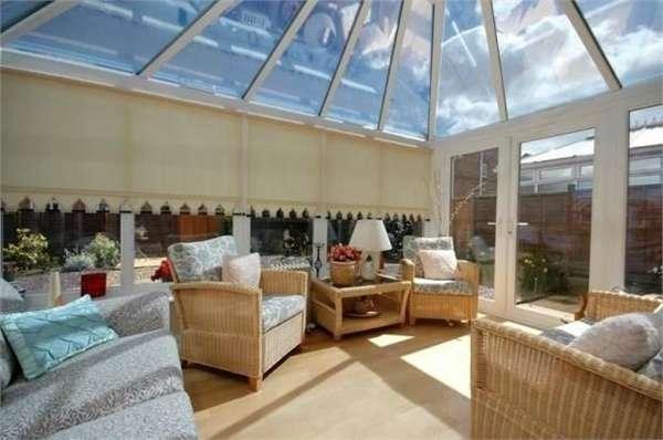 3 Bedrooms Detached House for sale in Celandine Way, Shildon, Durham