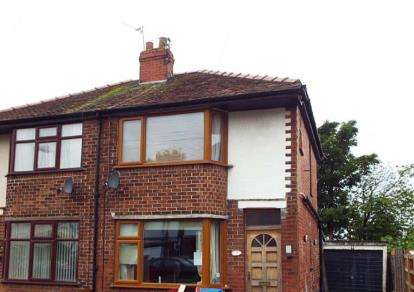 3 Bedrooms Semi Detached House for sale in Winton Avenue, Blackpool, Lancashire, FY4