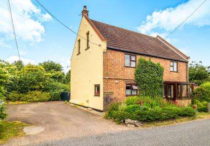 5 Bedrooms Detached House for sale in Catfield, Great Yarmouth, Norfolk