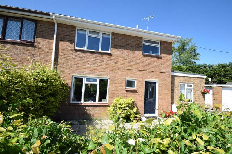 4 Bedrooms Semi Detached House for sale in Springfield Close, Watlington