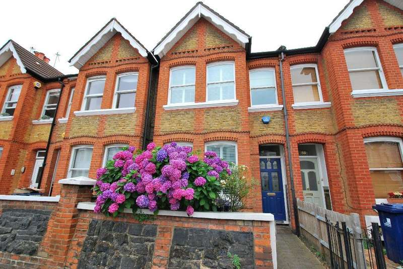 4 Bedrooms Terraced House for sale in Devonshire Road, Ealing, London, W5 4TR