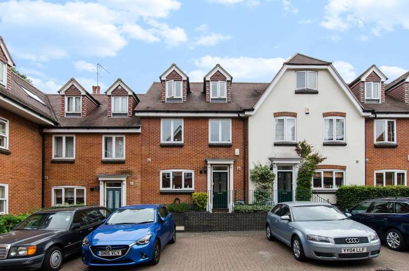 3 Bedrooms Mews House for sale in Wellington Mews, Streatham Hill, SW16