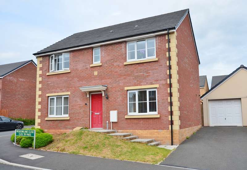 4 Bedrooms Detached House for sale in Meadowland Close, Caerphilly, CF83
