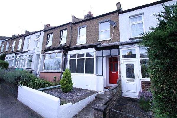 2 Bedrooms Terraced House for sale in Woodman Road