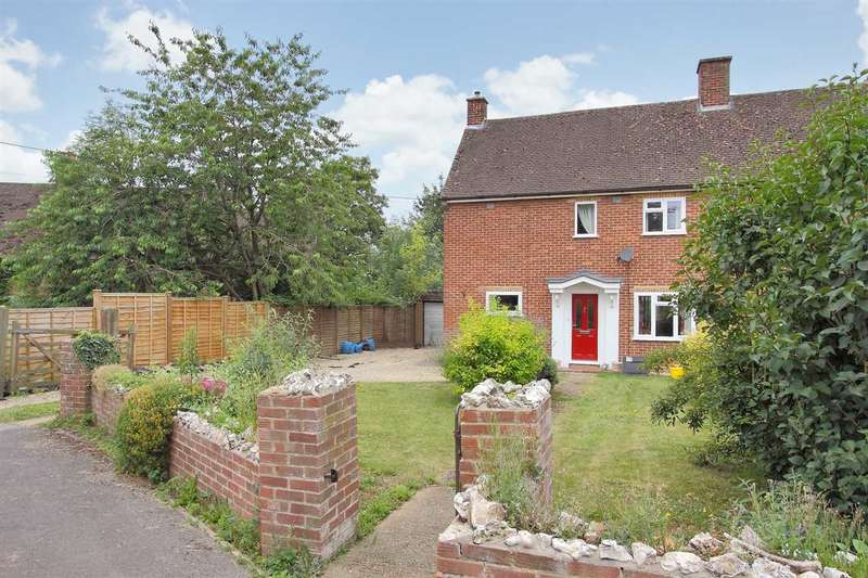 3 Bedrooms Semi Detached House for sale in Fairfield, Whitchurch