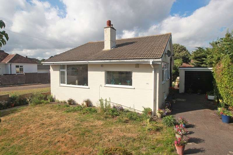 2 Bedrooms Detached Bungalow for sale in Pauntley Road, Mudeford, Christchurch
