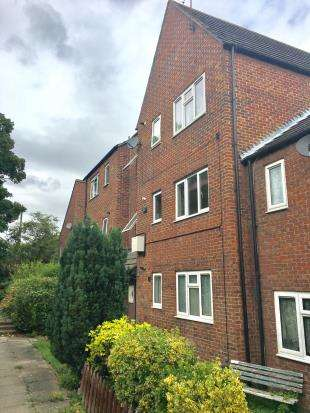 1 Bedroom Flat for sale in Bell Close, Greenhithe, Kent