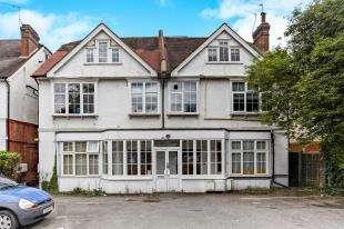 1 Bedroom Flat for sale in Brighton Road, Purley, Surrey