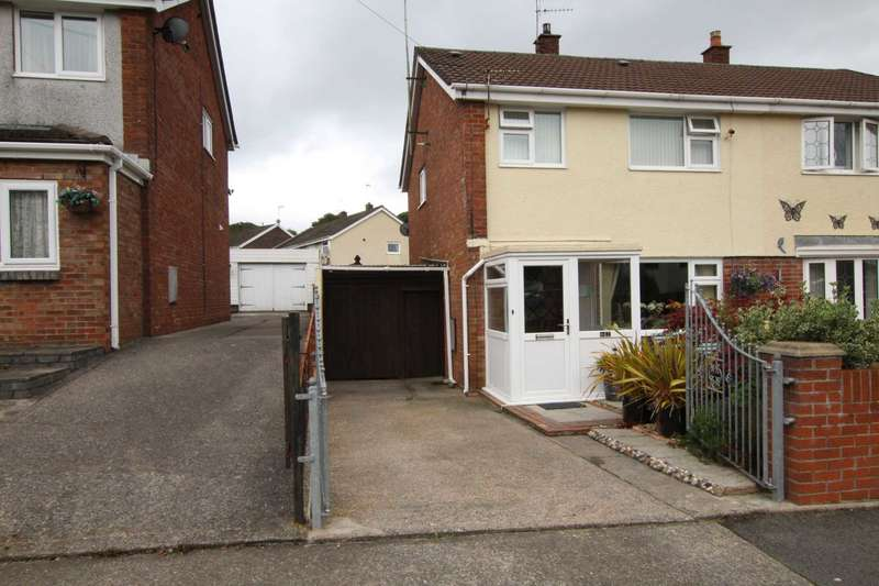 3 Bedrooms Semi Detached House for sale in Parklands Rd, Tonyrefail CF39 8PT