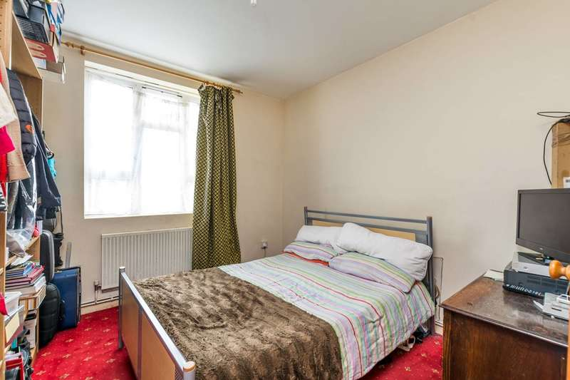 3 Bedrooms Flat for sale in Nine Elms, Nine Elms, SW8