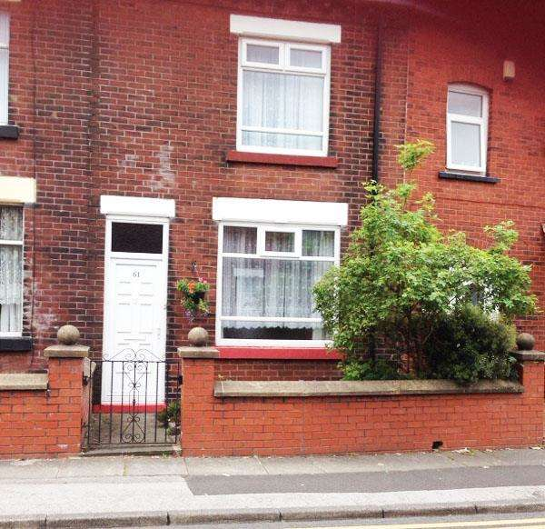 2 Bedrooms Terraced House for sale in Ainsworth Lane, Bolton
