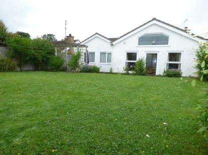 3 Bedrooms Bungalow for sale in Lon Y Wylan, Llanfairpwllgwyngyll, Sir Ynys Mon, North Wales, LL61
