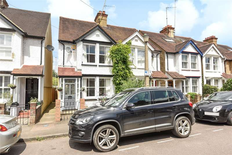 3 Bedrooms Semi Detached House for sale in Ebury Road, Rickmansworth, Hertfordshire, WD3