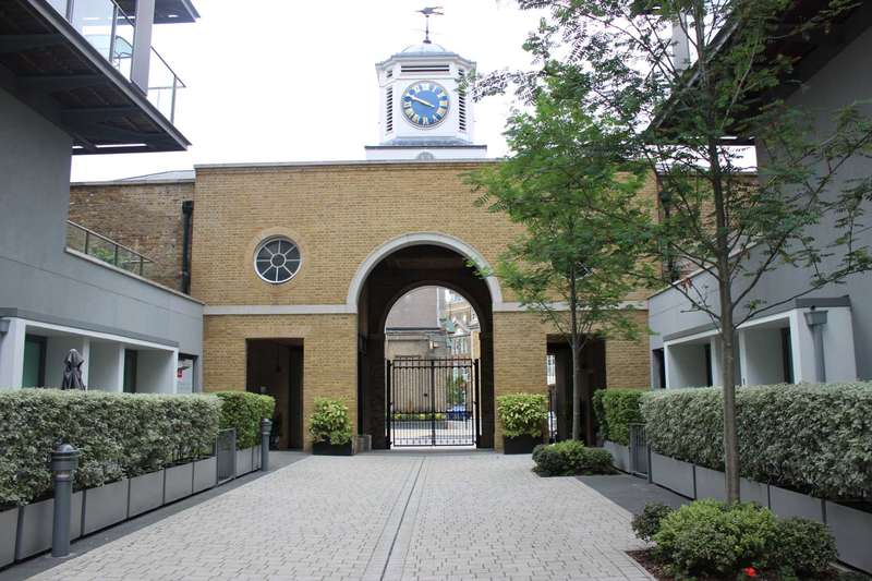 2 Bedrooms Apartment Flat for sale in West Carriage House, Woolwich, SE18 6GA