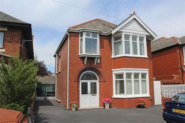3 Bedrooms Detached House for sale in Preston New Road, Blackpool, Lancashire