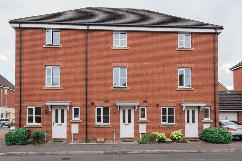 4 Bedrooms Town House for sale in Ffordd Nowell, Penylan, Cardiff, Glamorgan, CF23